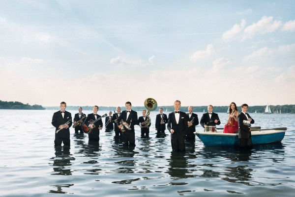 Max Raabe & Palast Orchester (Photo by Gregor Hohenberg)
