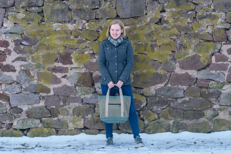 Travel just got a little easier with Keokee Travel Gear. Review of the Keokee Tote Bag.